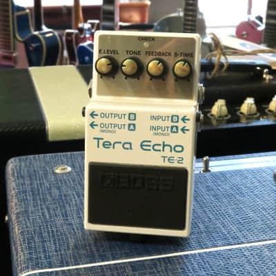 Boss TE-2 Tera Echo Pedal (Pre-Owned)