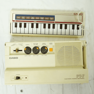 Casio PT-7 29-Key Mini Synthesizer