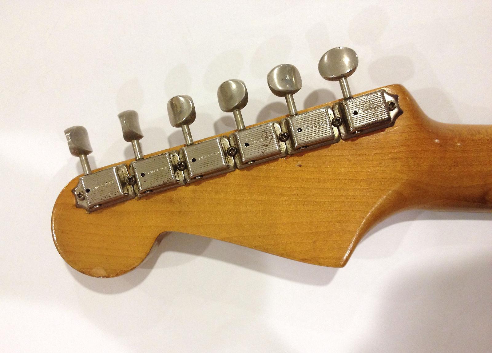 1960 Fender Stratocaster - 1960 Fender Stratocaster