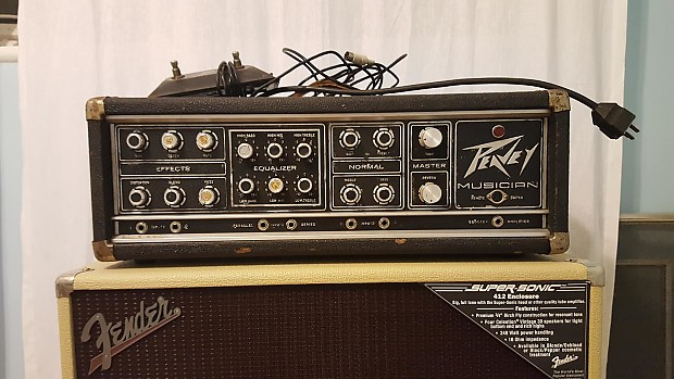 peavey musician 400 series 210 watt guitar bass head reverb. Black Bedroom Furniture Sets. Home Design Ideas
