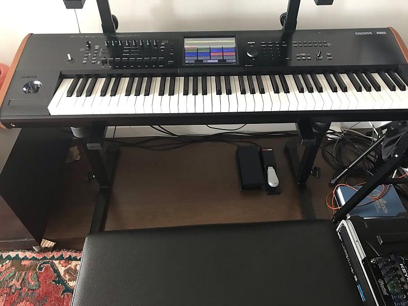 Korg KRONOS 2 73-Key Digital Synthesizer Workstation | Reverb