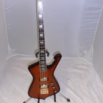 Ibanez ICB200 Iceman Bass Sunburst in excellent condition for sale