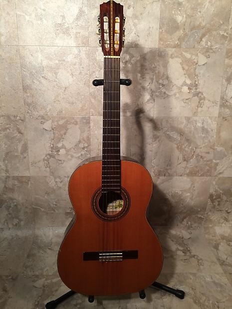 Vintage Suzuki 701 Classical Guitar Reverb