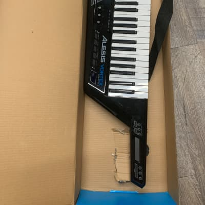 Price Drops / MIDI Keyboards and Controllers | Reverb