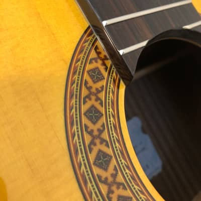 K Yairi CY127 CE (2008) 59717  Nylon string with cutaway. LR Baggs VTC. In a Hiscox case. Made Japan for sale