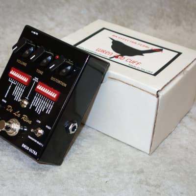 Wren and Cuff De La Riva BM20-Ultra distortion pedal
