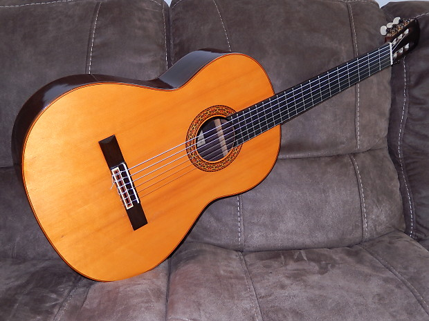 80beccec58a MADE IN 1967 YAMAHA GRAND CONCERT GC3 CLASSICAL GUITAR IN   Reverb