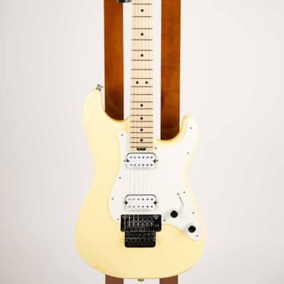 Charvel Pro-Mod So-Cal Style 1 HH FR M, Maple Fingerboard Vintage White