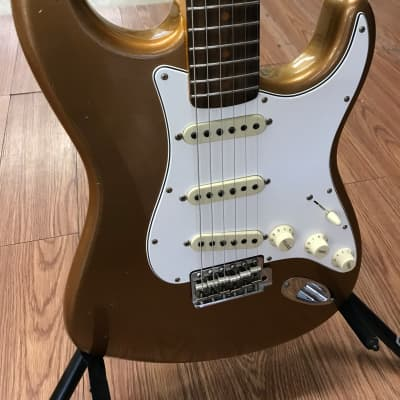"Fender Custom Shop ""64 Stratocaster 2018 Aged Fire Mist Gold"
