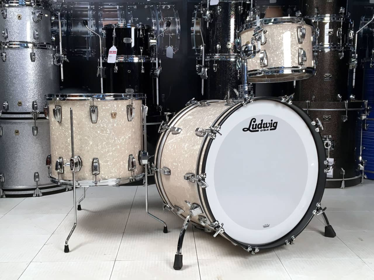 Ludwig classic maple 3pc drum set vintage marine pearl for Classic house drums