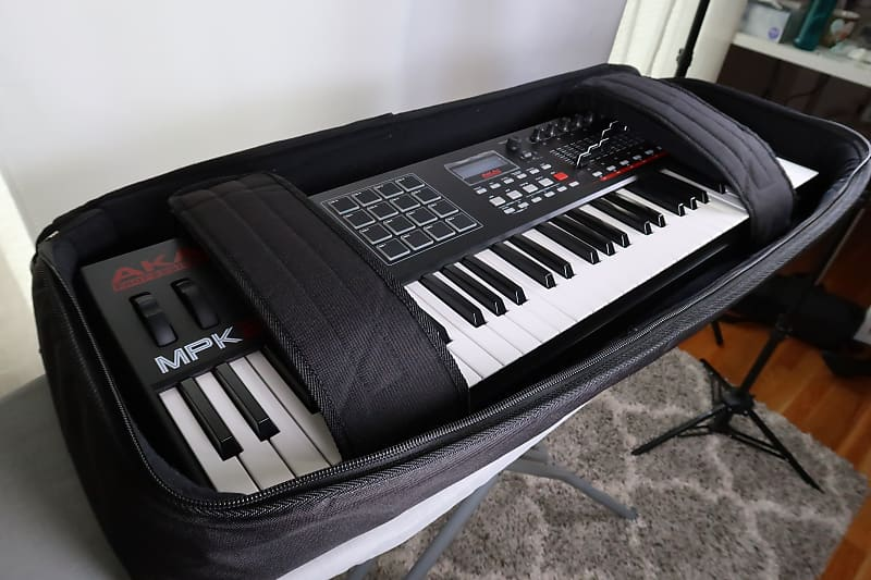 Akai MPK261 with Gator Case   Music Technology Educator   Reverb