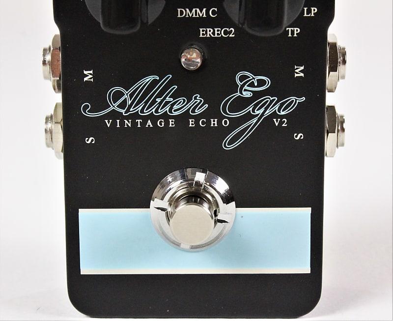 tc electronic alter ego v2 vintage echo delay effect pedal reverb. Black Bedroom Furniture Sets. Home Design Ideas
