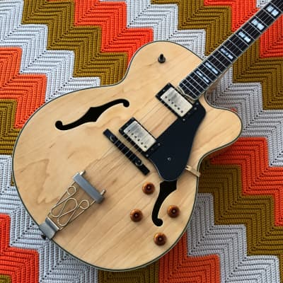 Oscar Schmidt OE40N - Epic Hollowbody Jazz Box! - Hard Shell Case - Great Electric that is also an Acoustic! - for sale