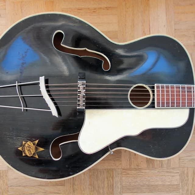Hoyer Herr im Frack archtop guitar ~1950 made in Germany image
