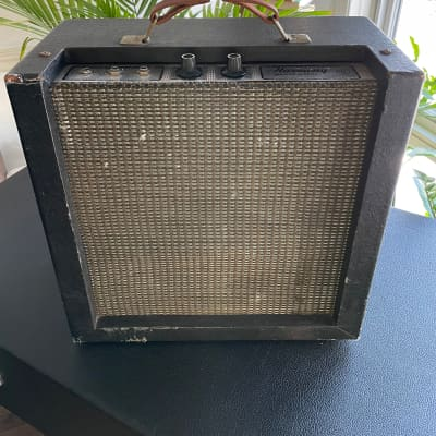 Vintage 1960s Harmony  H400A Tube Amp Guitar Amplifier 8