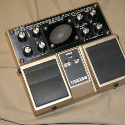 Boss RT-20 Rotary Ensemble Rotary Speaker Emulator Vibrato Chorus Guitar / Keyboard Effects Pedal for sale