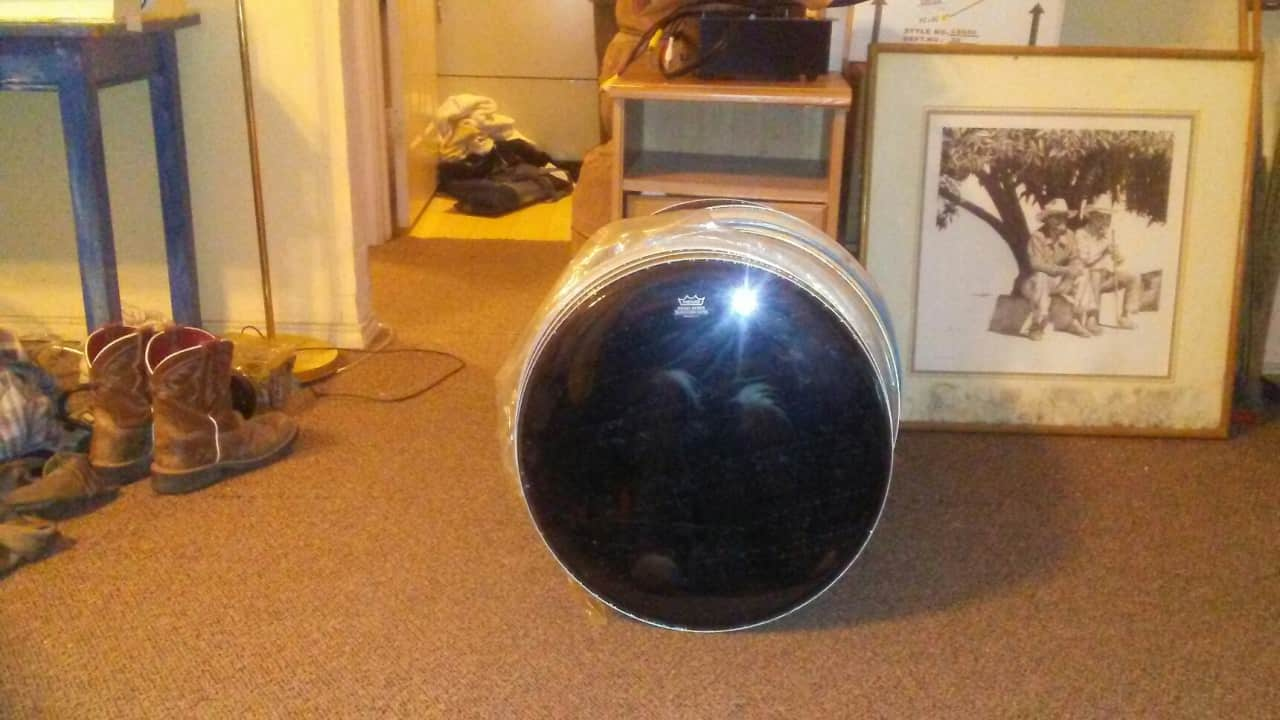 Huge lot of 32 18 inch drum heads kick drum and floor tom for 18 inch floor tom for sale