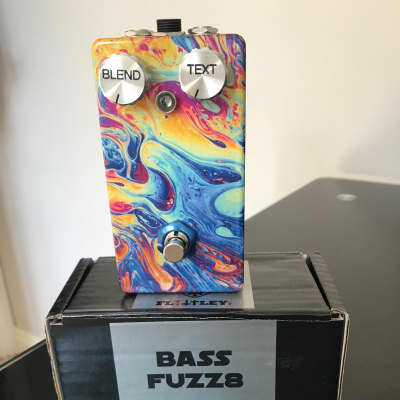 Flattley Guitar pedals Bass Fuzz8 - Bass Octave Up Fuzz (End of Line)