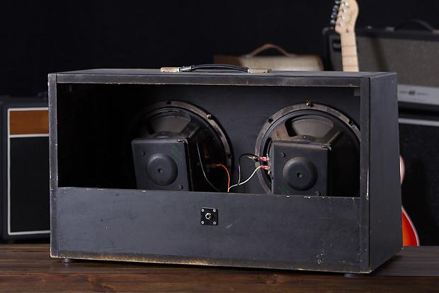 2x10 16ohm black guitar speaker cabinet with two 10 eminence reverb. Black Bedroom Furniture Sets. Home Design Ideas