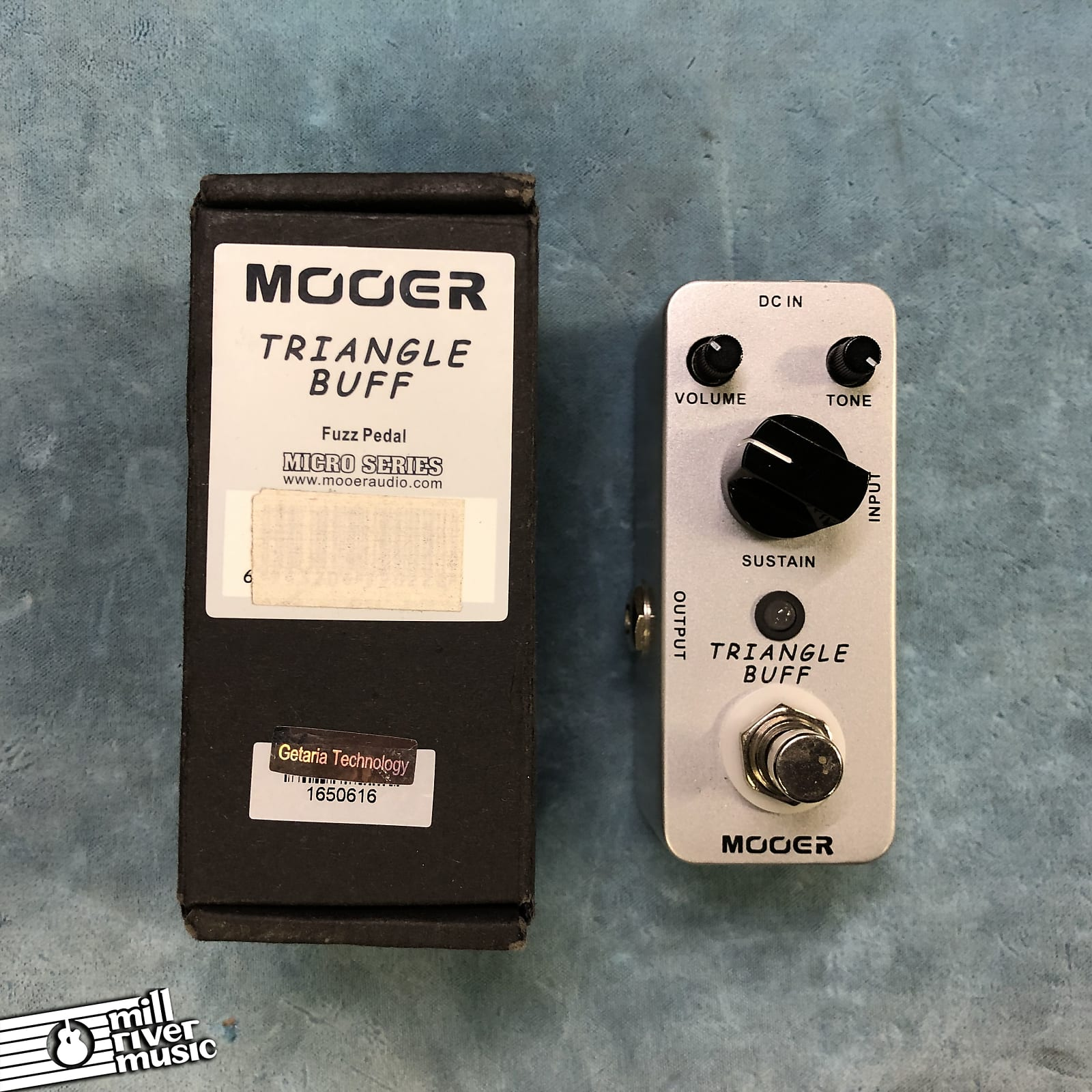 Mooer Triangle Buff Micro Fuzz Effects Pedal w/ Box