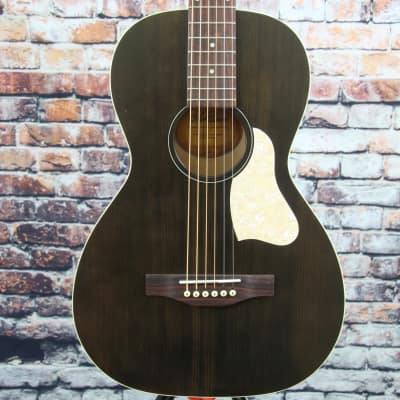 Art & Lutherie Roadhouse Parlor Acoustic Guitar | Faded Black for sale