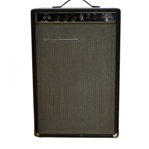 "Traynor YBA-2B Bass Mate 15-Watt 1x15"" Guitar / Bass Combo"
