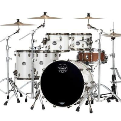 Mapex Saturn Evolution Workhorse 5 Pc Birch Drum Set Without Snare - 22/10/12/14/16 - Polar White