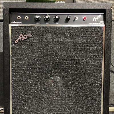 Alamo Fury 2566 1x15 25-Watt Tube Bass Combo Amp (1960s) for sale