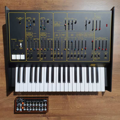 Korg Limited Edition ARP Odyssey FSQ Rev2 with SQ-1 Sequencer Bundle