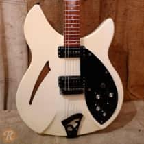 Rickenbacker 330 1992 White image
