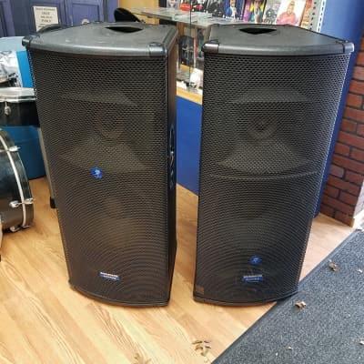Mackie SR1530 Active Speaker Pair Used