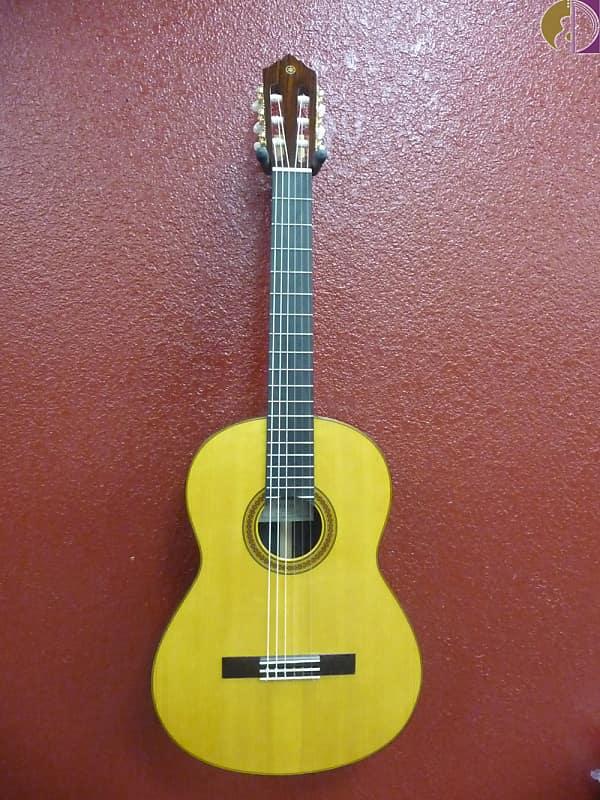 Yamaha CG182C Spruce Top Classical Nylon String Natural image