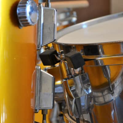 Maxwell  Snare Bumper. No more snare drum rash on your tom!
