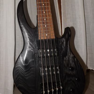 Gibson EB 5 strings with accessories for sale