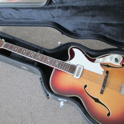 Musima 1653 archtop very early sixties sunburst for sale