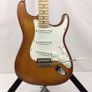 Fender USA Nitro Satin Series Stratocaster Honeyburst