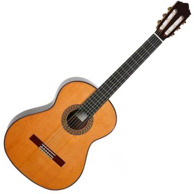 Perez 670 Classical Nylon Guitar Cedar Top Guitars Guitarras Pérez Made In Spain for sale