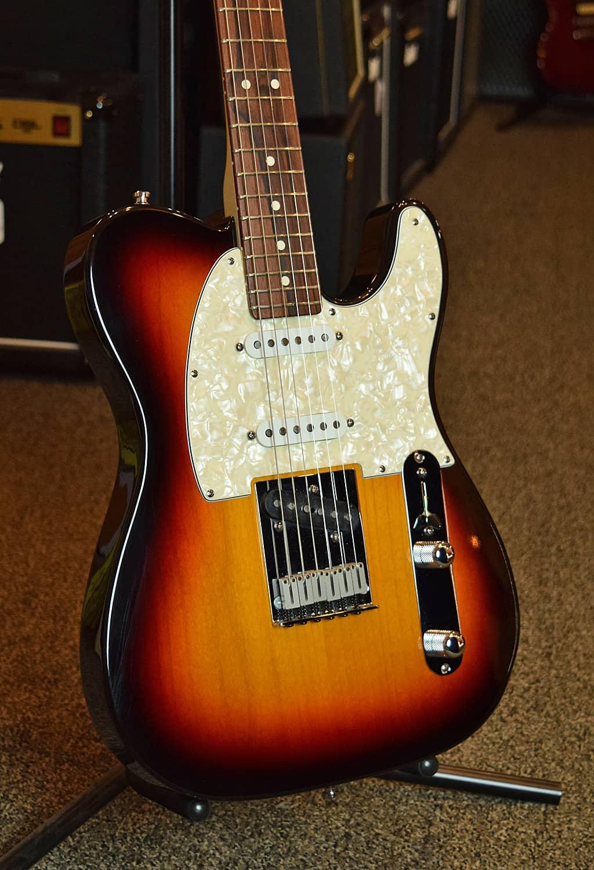Fender custom shop american classic telecaster 1999 3 tone for American custom classics