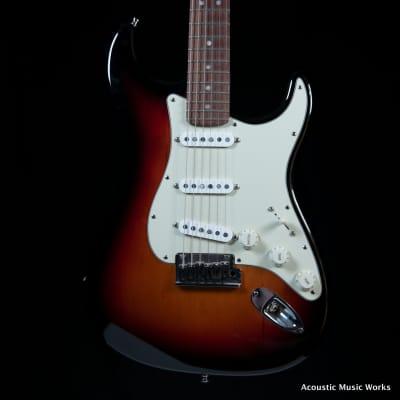 Fender American Deluxe Stratocaster, Sunburst, Rosewood Fingerboard, Klein Epic Series Pickups