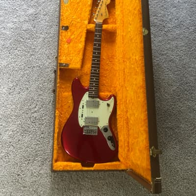MIJ Fender Mustang Special 2011 Candy apple red