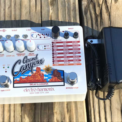Pre-Owned Electro-Harmonix Grand Canyon Delay & Looper Pedal Used