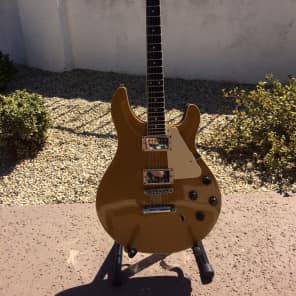 De Cava Debbie Davies Signature Model Gold Top for sale