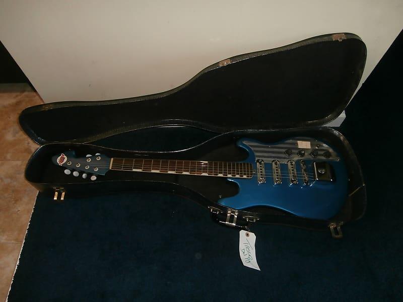 Vintage 1960's Teisco ET-300 Electric Guitar w/ Original Case! Rare Blue  Finish!