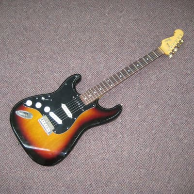 Left-Handed MIJ 1989 Sunburst Strat for sale