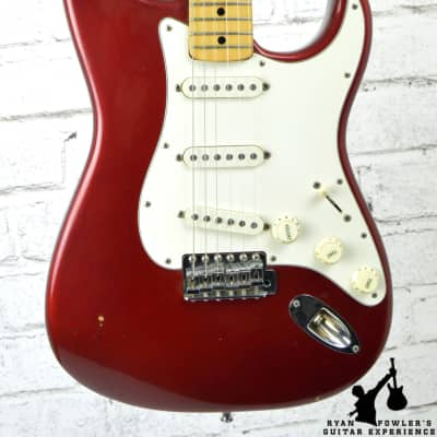 Vintage 1972 Fender Stratocaster Candy Apple Red w/HSC for sale