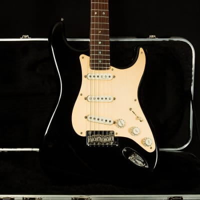 Used 1999 Fender Custom Classic Player Stratocaster for sale