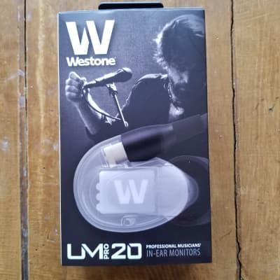 Westone UM Pro 20 2019 in ear monitor headphone - mint!