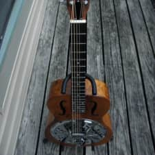 Gibson USA Dobro Hound Dog 2005 Curly Eastern US Maple Fishman Resophonic Passive