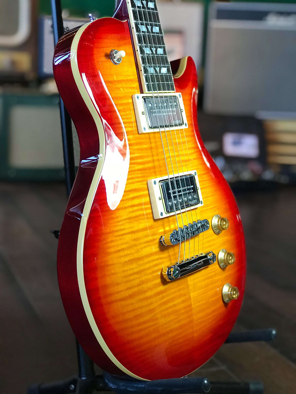 New Hamer Monaco MONF-CS 2017 in Cherry Sunburst Cutwaway Electric Guitar Bundle