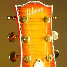 2006 Gibson Les Paul Super Custom Heritage Cherry Sunburst Electric Guitar
